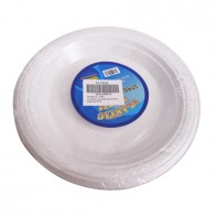 Dvadsať plastových tanierov