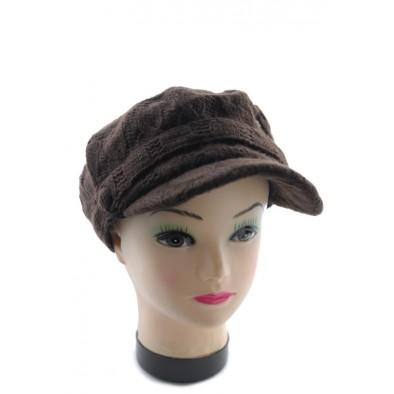 Čiapka dámska so šiltom pletená